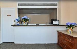 Americas Best Value Inn Oakland Lake Merritt - 24-Hour Front Desk